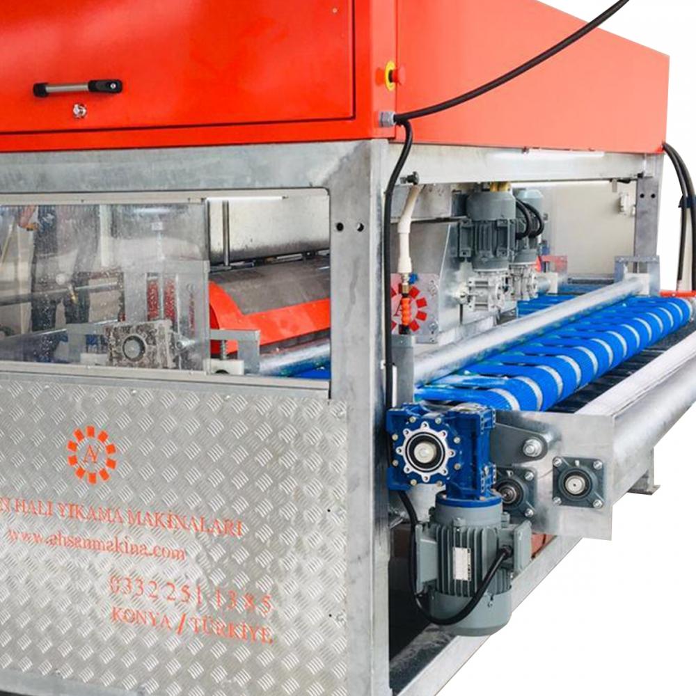5 Fırçalı Sıyırıcılı Halı Yıkama Makinası
